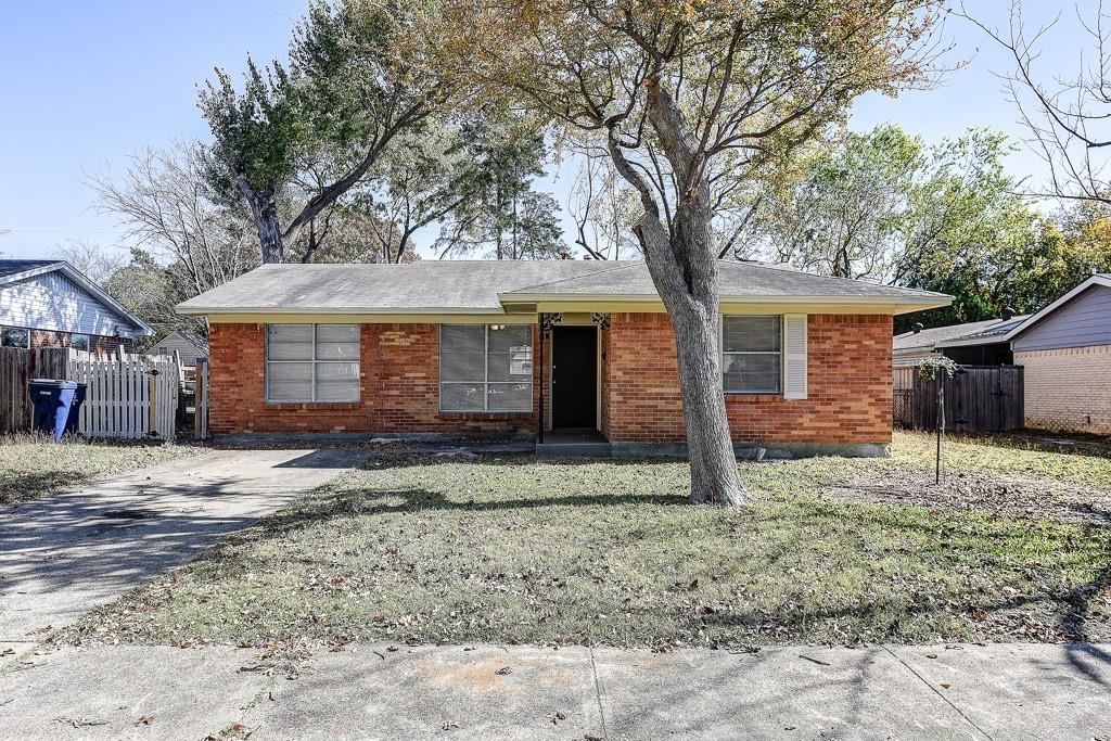 1216 Hillcrest Drive, Garland, Texas, 4 Bedrooms Bedrooms, ,1 BathroomBathrooms,Residential,For Sale,Hillcrest,14467112