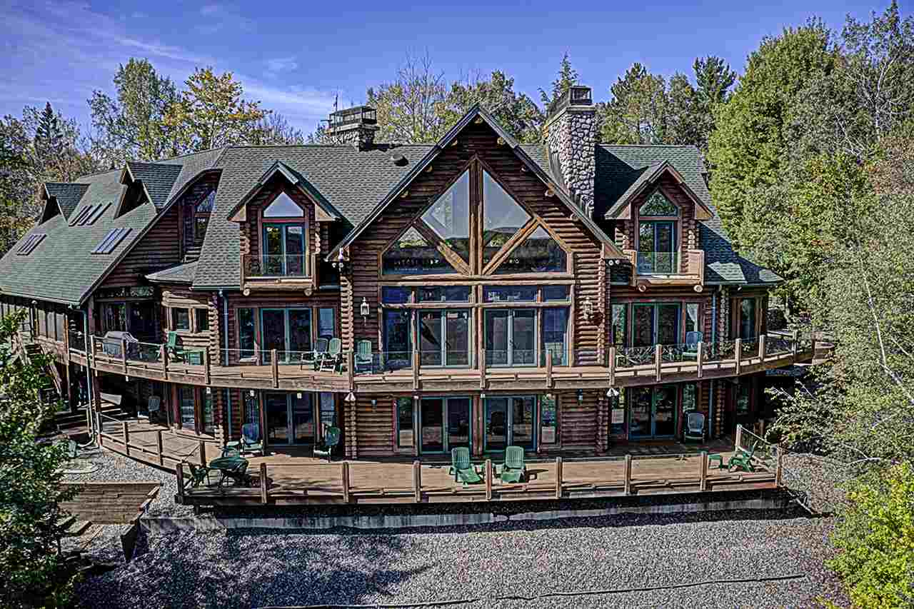 2140-2280 Richardson Lake Rd, Freedom, Wisconsin 54566, 6 Bedrooms Bedrooms, ,6.5 BathroomsBathrooms,Single Family,For Sale,Richardson Lake Rd,1869693