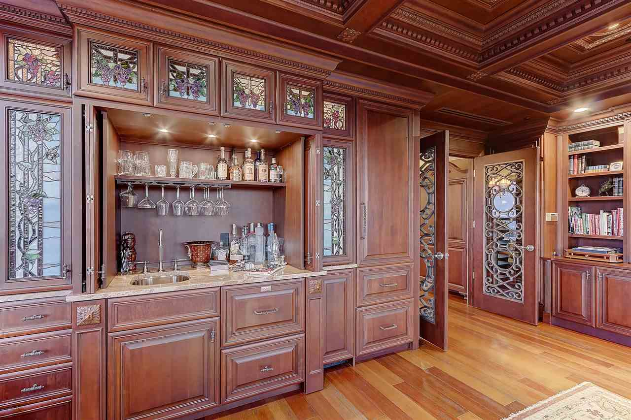 137 Wilson St E, Madison, Wisconsin 53703, 3 Bedrooms Bedrooms, ,3.5 BathroomsBathrooms,Condo,For Sale,Wilson St,14,1901327