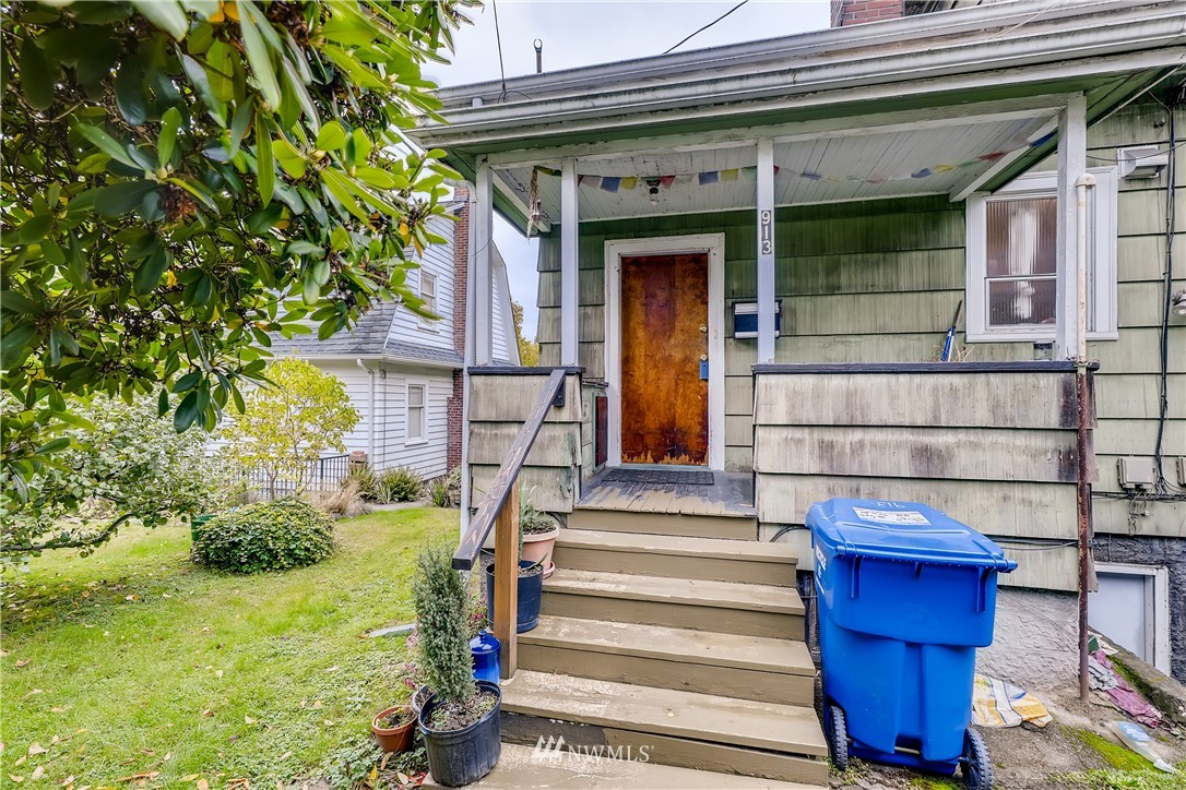 913 23rd Avenue, Seattle, Washington 98112, ,Residential Income,For Sale,23rd,NWM1678160