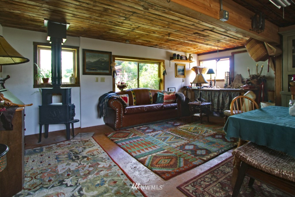 12 The Meadows Road, Carlton, Washington 98814, 2 Bedrooms Bedrooms, ,2 BathroomsBathrooms,Farm,For Sale,The Meadows,NWM1631158