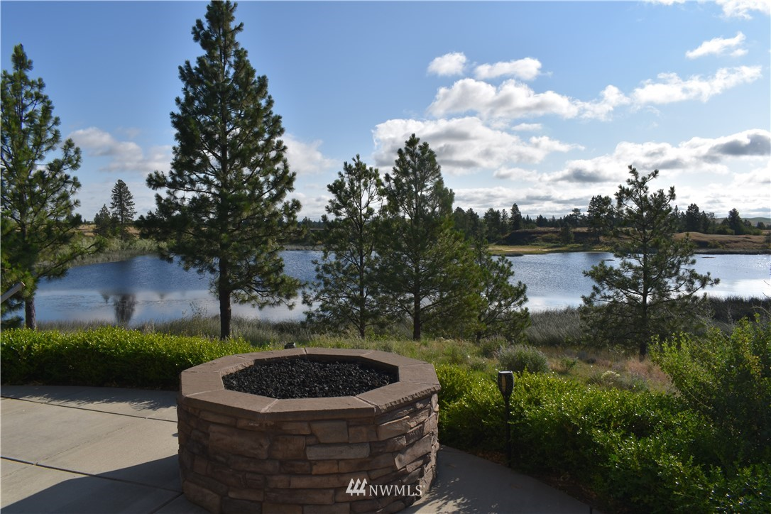 37227 Long Road, Cheney, Washington 99004, 2 Bedrooms Bedrooms, ,2 BathroomsBathrooms,Residential,For Sale,Long,NWM1628654