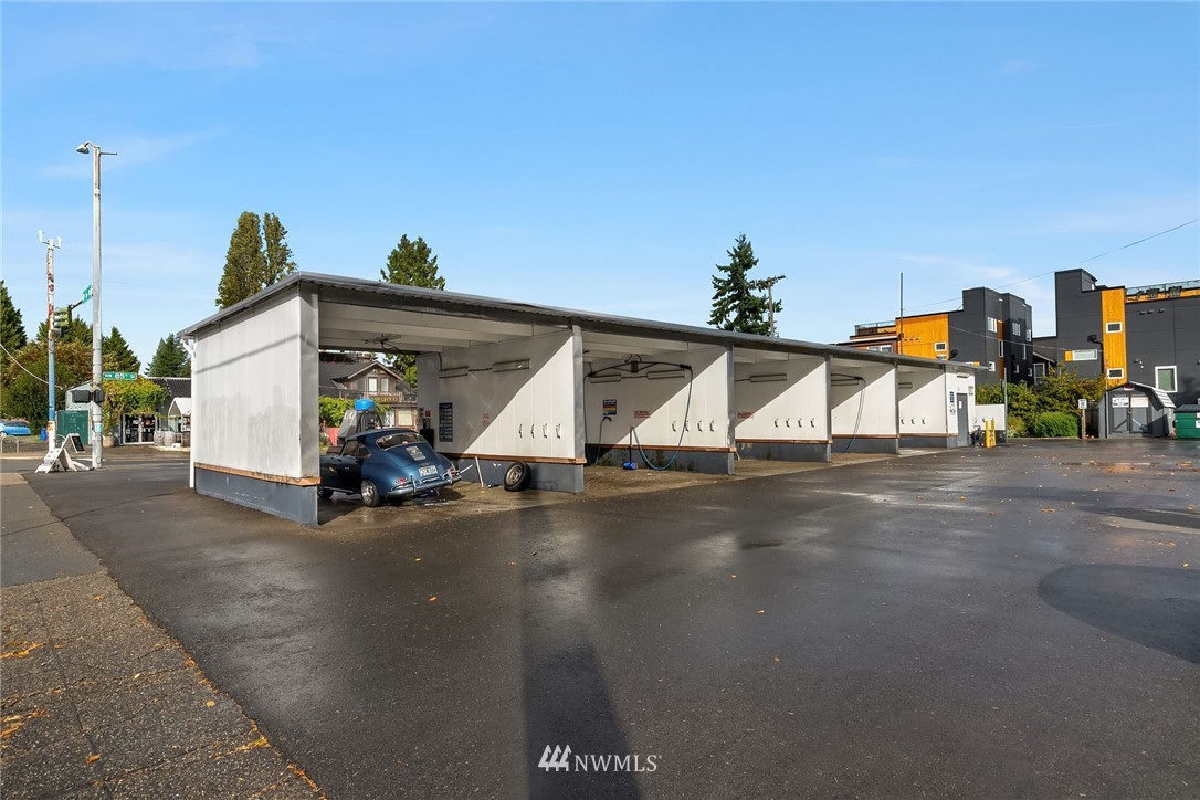 655 85th Street, Seattle, Washington 98117, ,Commercial Sale,For Sale,85th,NWM1536024