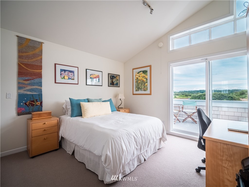 1413 Edwards Drive, Point Roberts, Washington 98281, 3 Bedrooms Bedrooms, ,3 BathroomsBathrooms,Residential,For Sale,Edwards Drive,NWM1629609