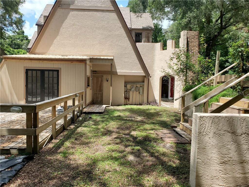 35429 MARGUERITE AVENUE, FRUITLAND PARK, Florida 34731, 5 Bedrooms Bedrooms, ,5 BathroomsBathrooms,Residential,For Sale,MARGUERITE,MFRO5750025