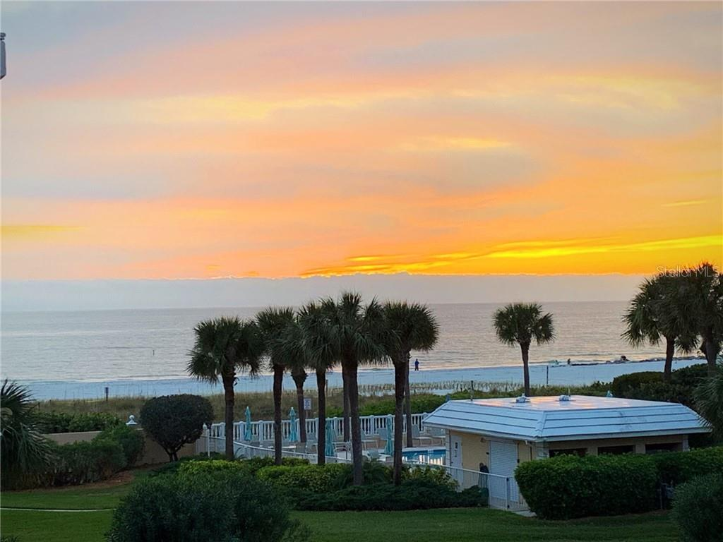 6600 SUNSET WAY, ST PETE BEACH, Florida 33706, 2 Bedrooms Bedrooms, ,2 BathroomsBathrooms,Residential Lease,For Sale,SUNSET,MFRU8108982