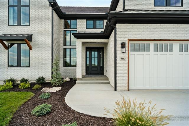 6113 58th Street, Kansas City, Missouri 64151, 5 Bedrooms Bedrooms, ,6 BathroomsBathrooms,Residential,For Sale,58th,HMS2310999