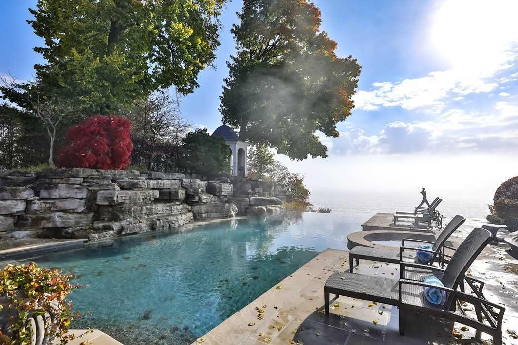 2064 Lakeshore Rd, Oakville, Ontario L6J1M3, 5 Bedrooms Bedrooms, 13 Rooms Rooms,8 BathroomsBathrooms,Detached,For Sale,Lakeshore,W5174275
