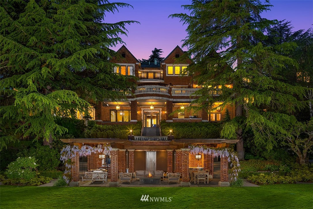 923 R Undisclosed, Seattle, Washington 98105, 6 Bedrooms Bedrooms, ,7 BathroomsBathrooms,Residential,For Sale,Undisclosed,NWM1750093