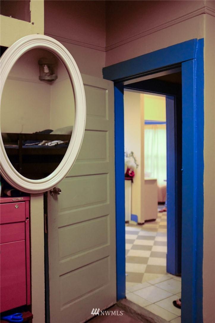 4200 Letitia Avenue, Seattle, Washington 98118, ,Residential Income,For Sale,Letitia,NWM1751845