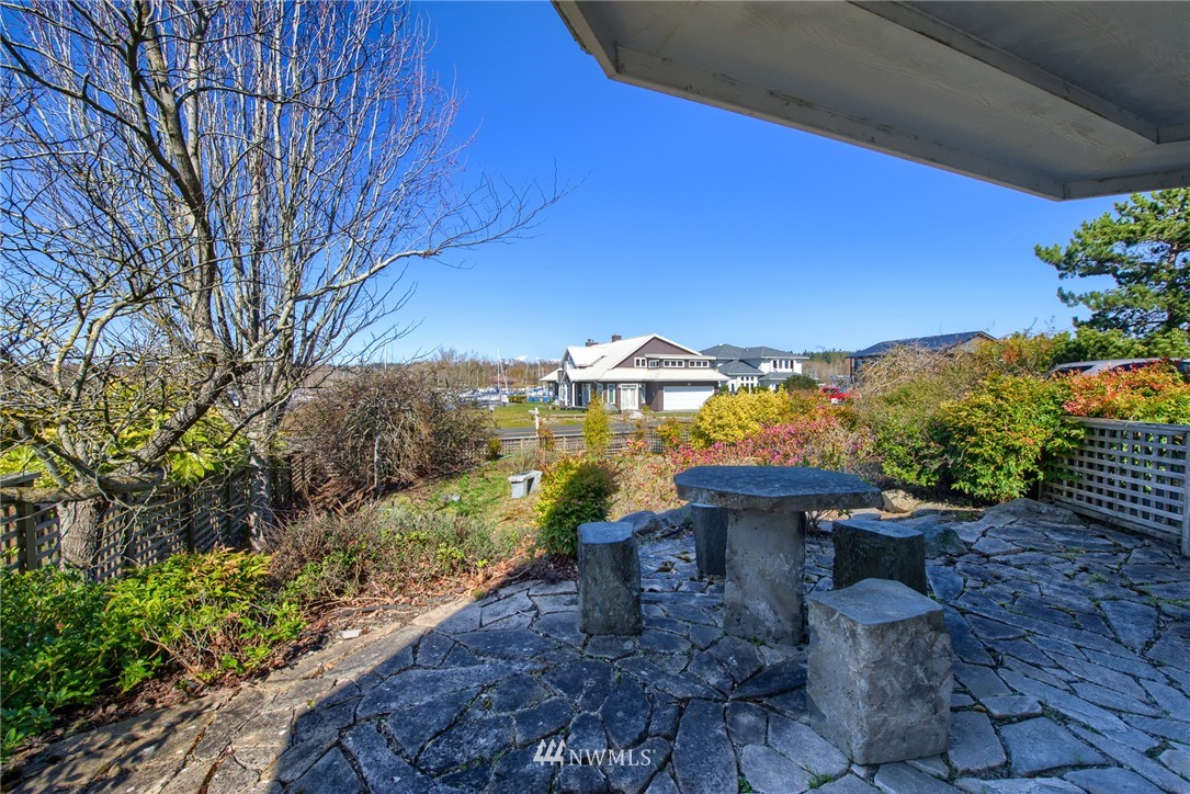 1629 Harbor Seal Drive, Point Roberts, Washington 98281, 4 Bedrooms Bedrooms, ,1 BathroomBathrooms,Residential,For Sale,Harbor Seal,NWM1752507