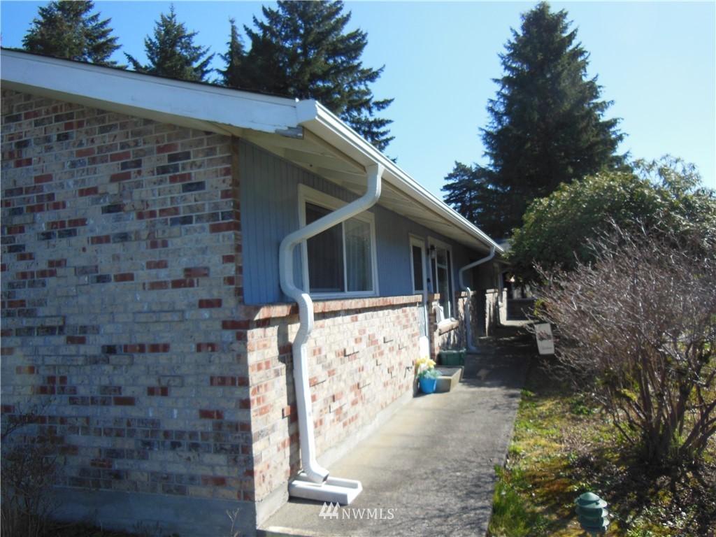 137 Kirby Drive, Monroe, Washington 98272, ,Residential Income,For Sale,Kirby,NWM1758771
