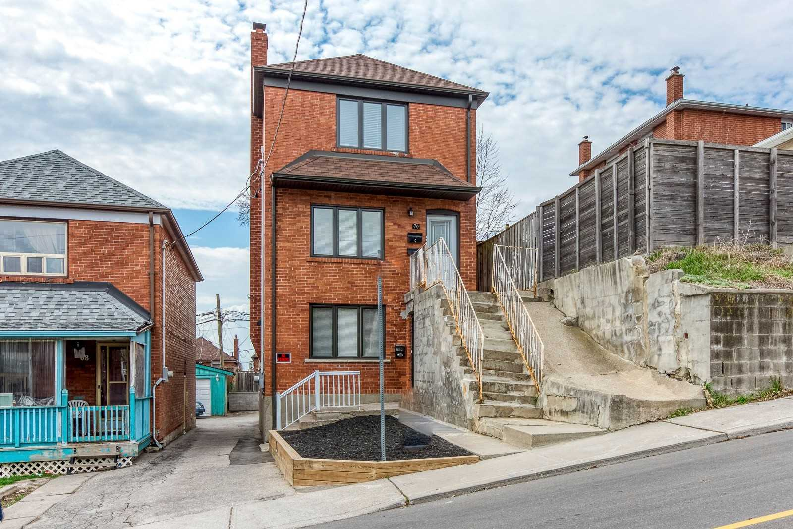 70 Lacey Ave, Toronto, Ontario M6M3L7, 3 Bedrooms Bedrooms, 6 Rooms Rooms,3 BathroomsBathrooms,Triplex,For Sale,Lacey,W5192266