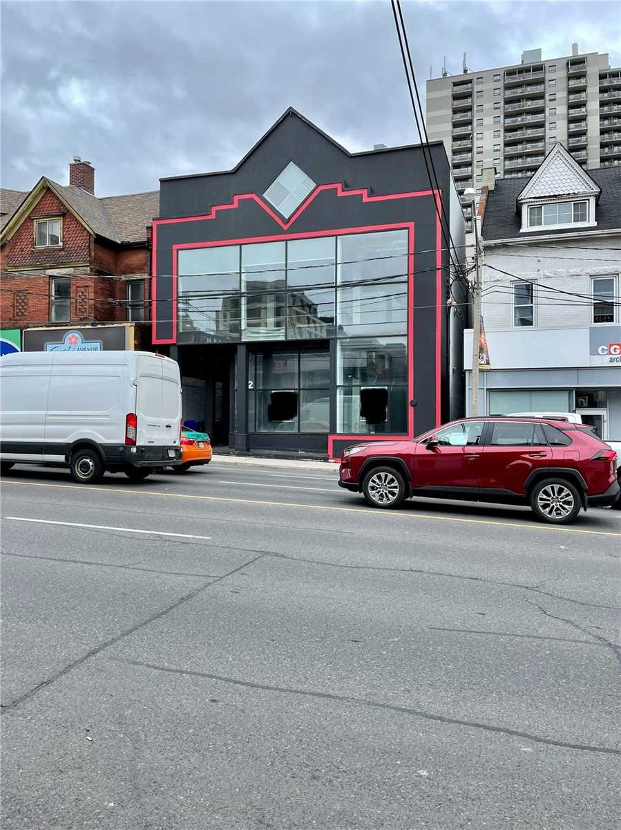 Commercial/retail For Lease In Toronto