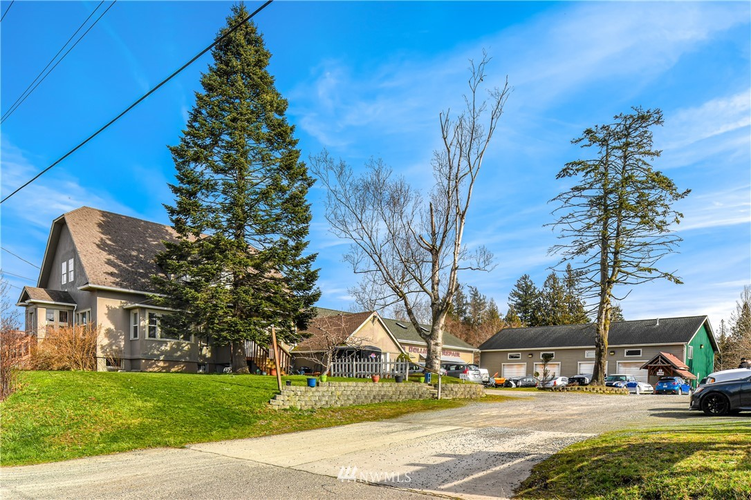 5562 Guide Meridian, Bellingham, Washington 98226, ,Residential Income,For Sale,Guide Meridian,NWM1765202