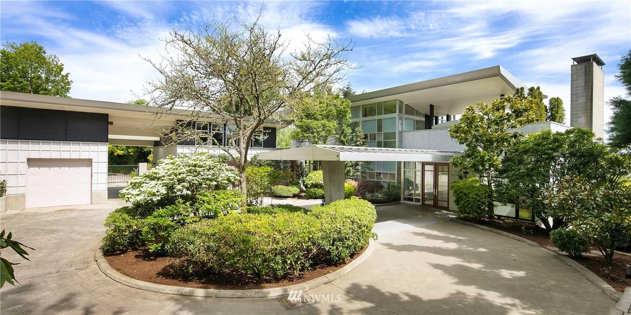 1634 Lake Washington Boulevard, Seattle, Washington 98112, 3 Bedrooms Bedrooms, ,3 BathroomsBathrooms,Residential,For Sale,Lake Washington,NWM1764698