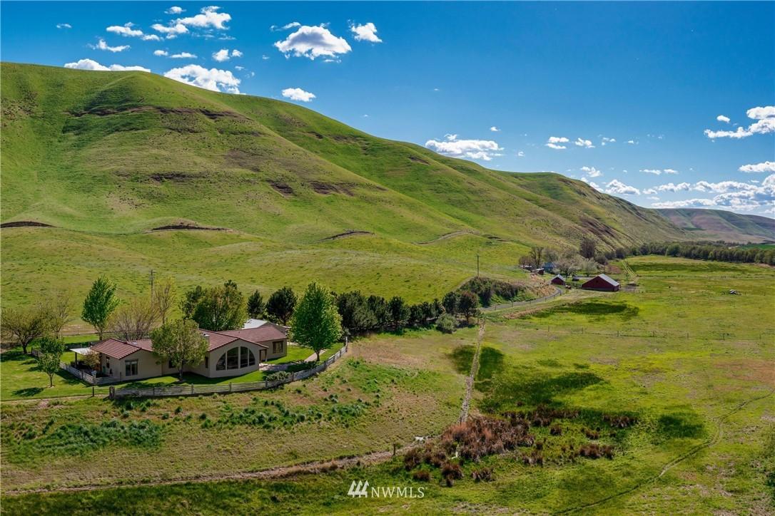 110 River Ranch Lane, Dayton, Washington 99328, 4 Bedrooms Bedrooms, ,2 BathroomsBathrooms,Farm,For Sale,River Ranch,NWM1767872
