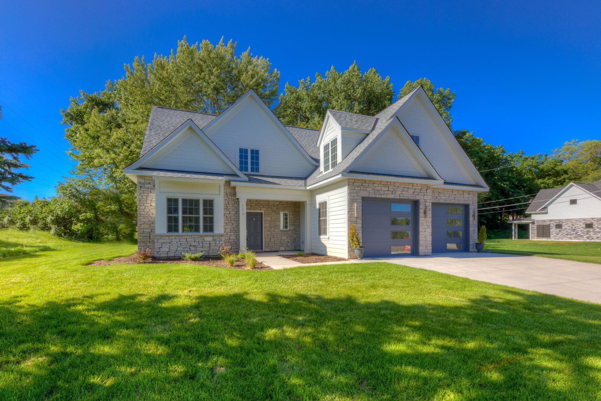 1032 Gardner Street, Wayzata, Minnesota 55391, 4 Bedrooms Bedrooms, ,3 BathroomsBathrooms,Residential,For Sale,Gardner,NST5750104