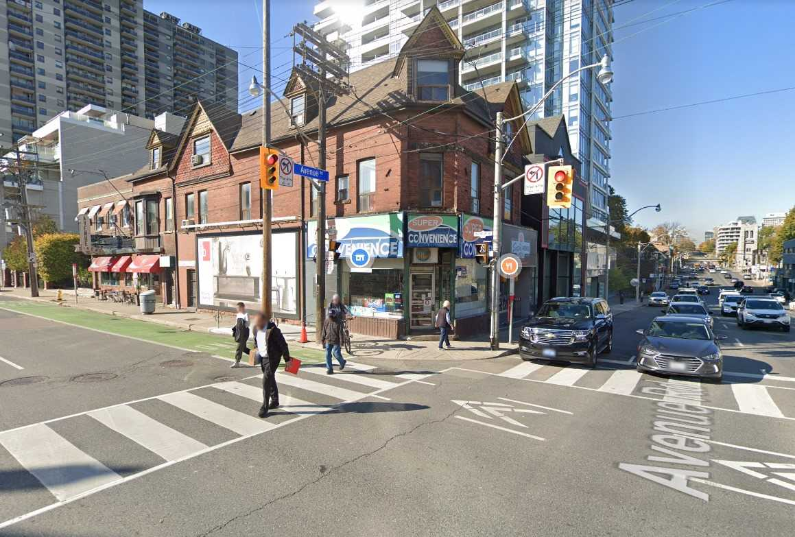 Commercial/retail For Lease In Toronto , ,Commercial/retail,For Lease,Avenue