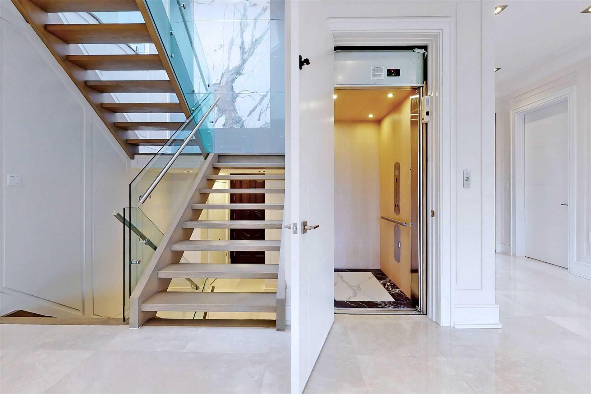 82 Grangemill Cres, Toronto, Ontario M3B2J2, 5 Bedrooms Bedrooms, 11 Rooms Rooms,7 BathroomsBathrooms,Detached,For Sale,Grangemill,C5246912