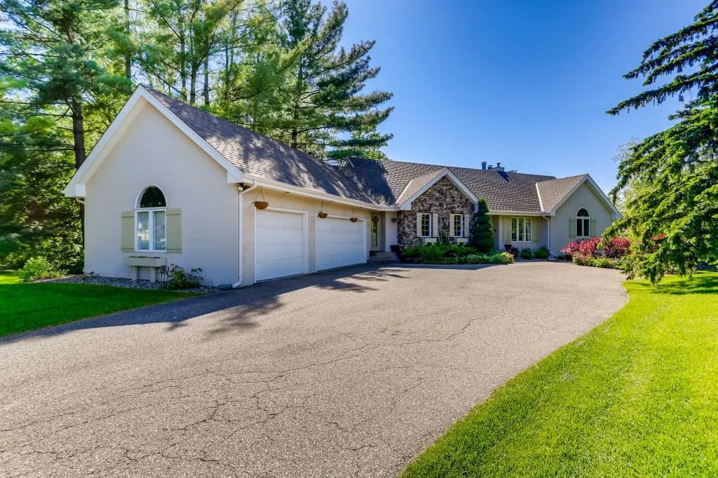 2400 Crosby Road, Wayzata, Minnesota 55391, 4 Bedrooms Bedrooms, ,3 BathroomsBathrooms,Residential,For Sale,Crosby,NST5765538