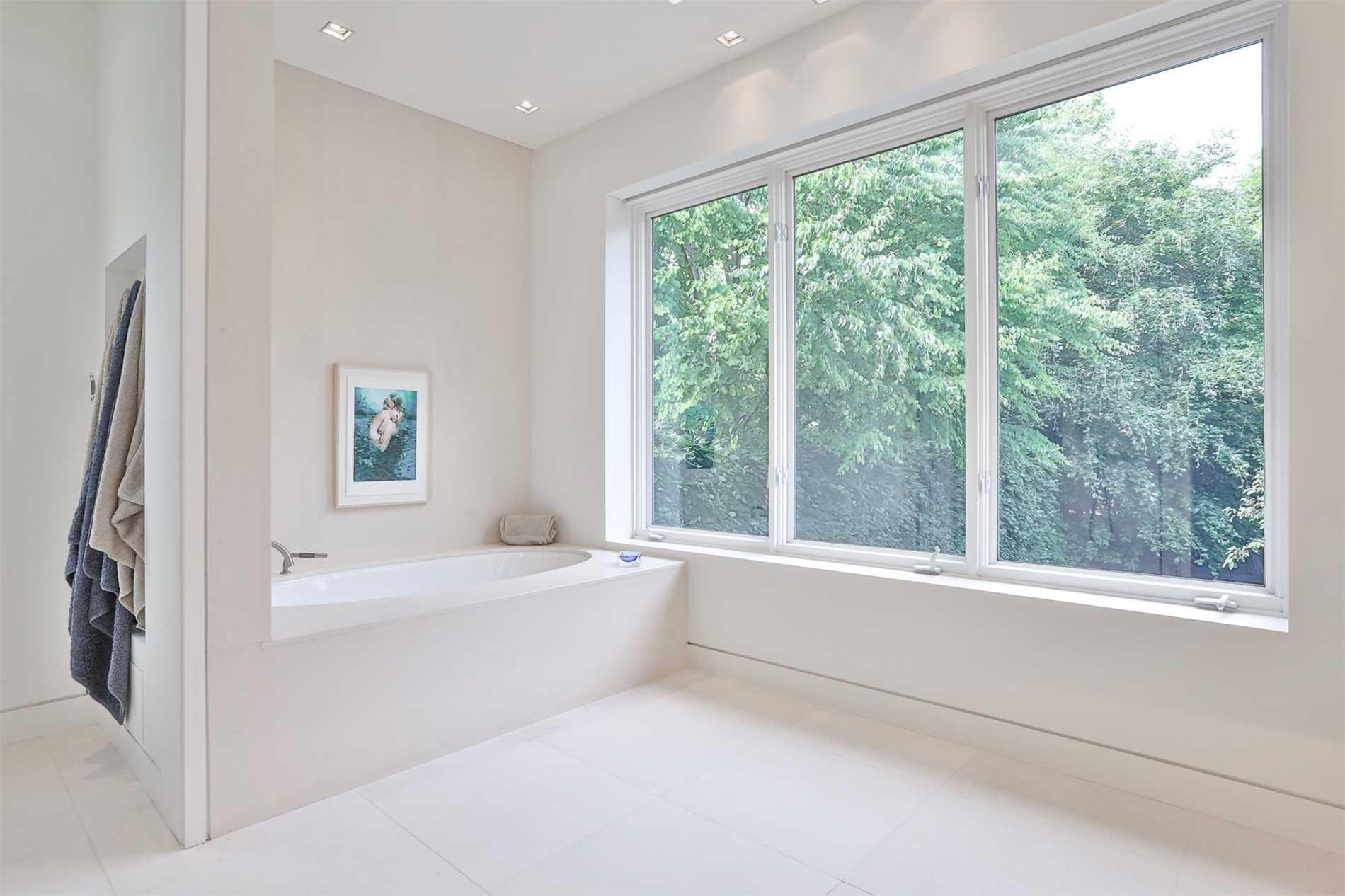 7 Cluny Dr, Toronto, Ontario M4W2P8, 5 Bedrooms Bedrooms, 9 Rooms Rooms,6 BathroomsBathrooms,Detached,For Sale,Cluny,C5264607