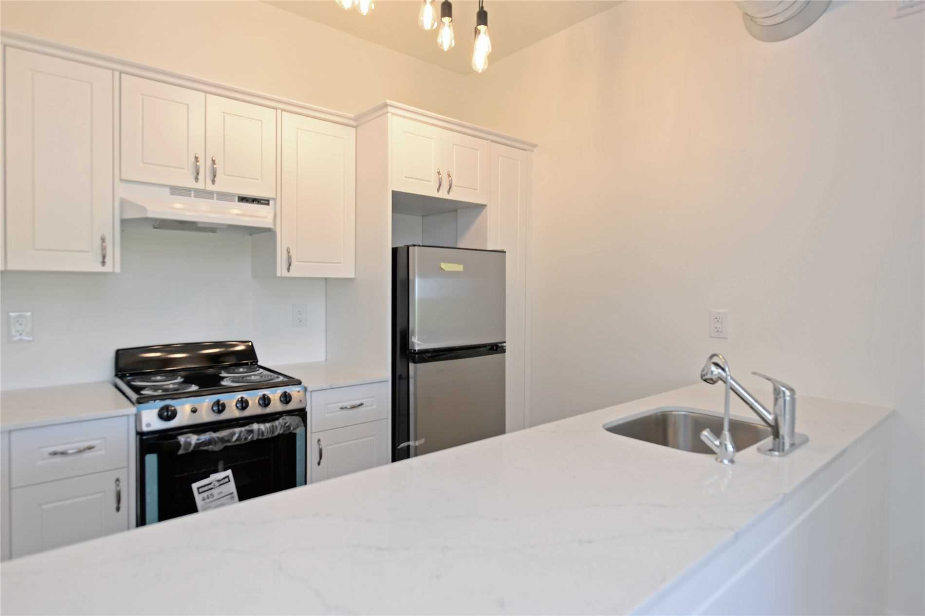 Multiplex For Lease In Smith-Ennismore-Lakefield , 1 Bedroom Bedrooms, ,1 BathroomBathrooms,Multiplex,For Lease,401,Youngs Point