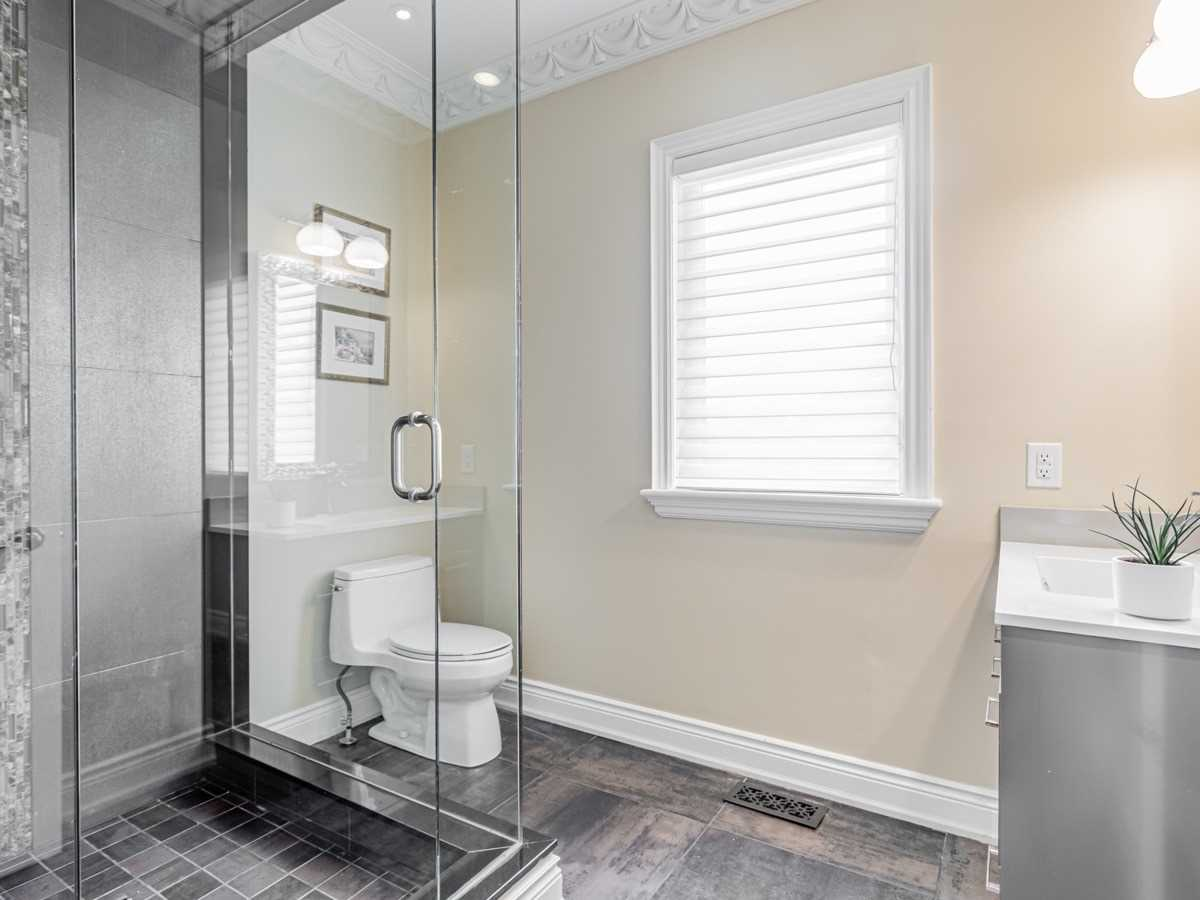 Detached house For Sale In Toronto - 15 Royal Oak Dr, Toronto, Ontario, Canada M3C2M3 , 5 Bedrooms Bedrooms, ,7 BathroomsBathrooms,Detached,For Sale,Royal Oak