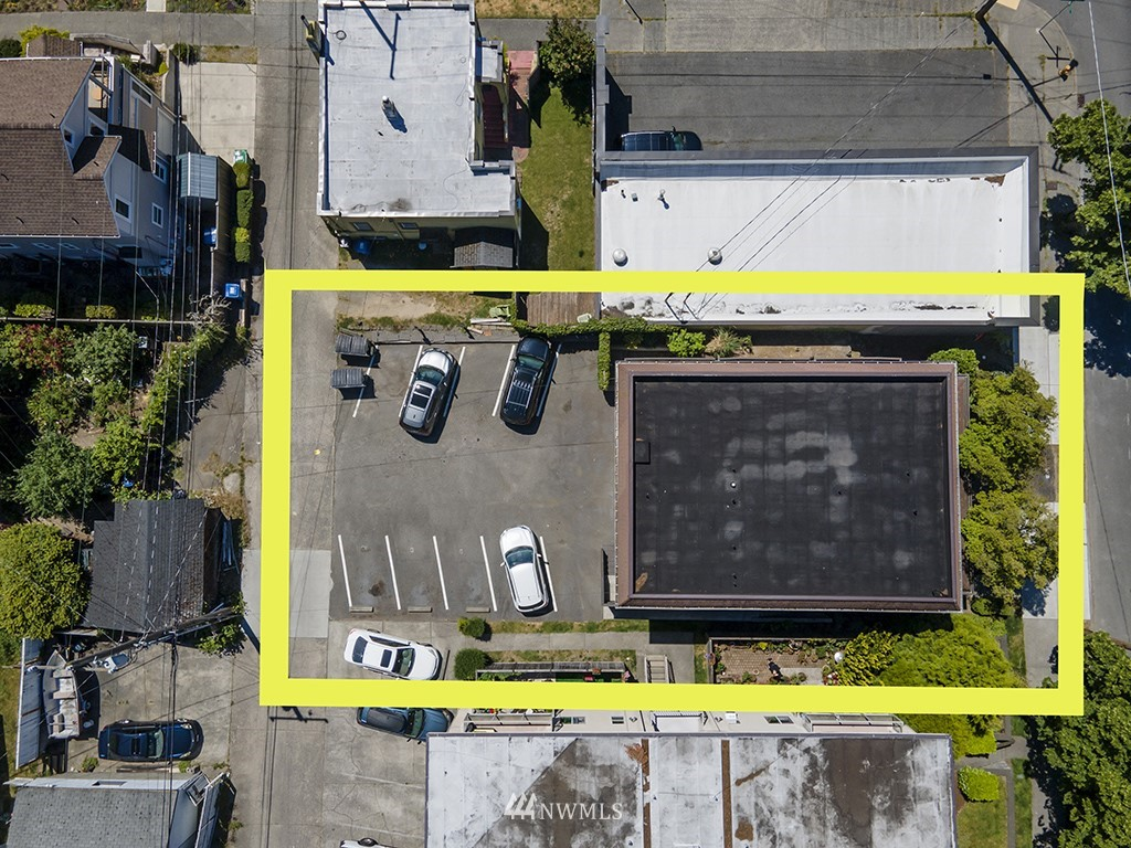 4054 California Avenue, Seattle, Washington 98116, ,Residential Income,For Sale,California,NWM1789494
