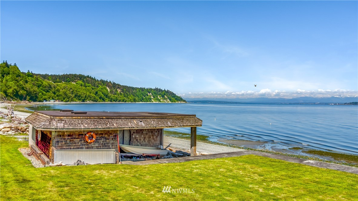 8105 Possession Beach Walk, Clinton, Washington 98236, 4 Bedrooms Bedrooms, ,1 BathroomBathrooms,Residential,For Sale,Possession Beach Walk,NWM1789952