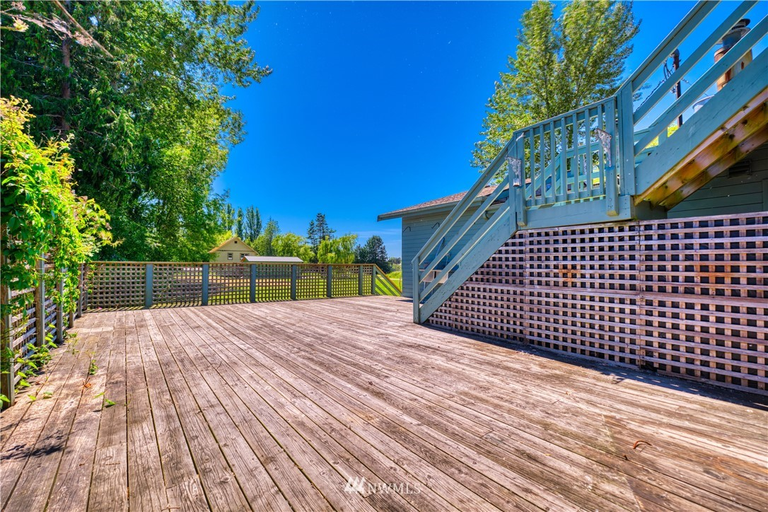1379 Gulf Road, Point Roberts, Washington 98281, 5 Bedrooms Bedrooms, ,Residential,For Sale,Gulf,NWM1791111