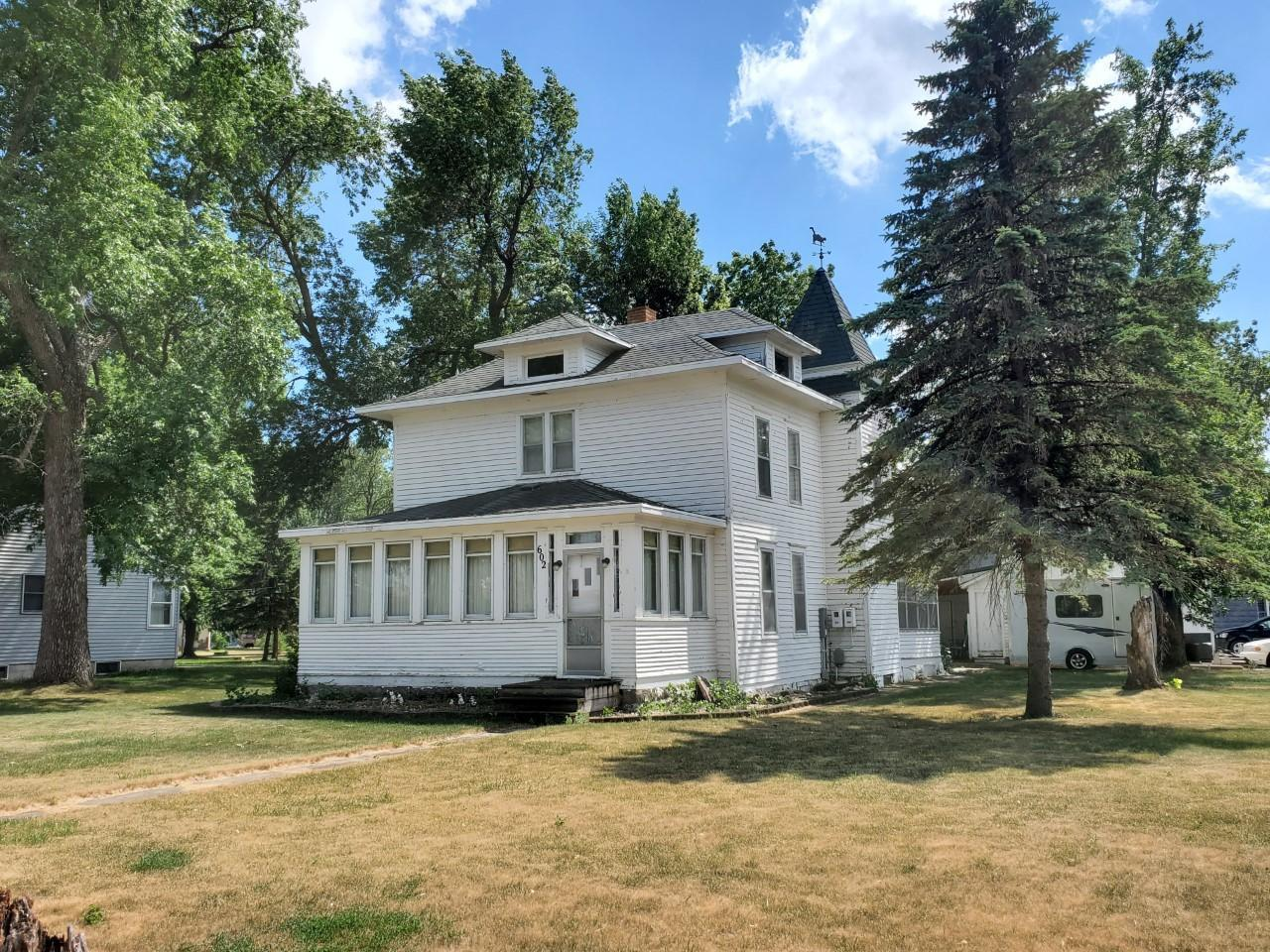 602 10th Street, Heron Lake, MN 56137, 3 Bedrooms Bedrooms, ,1 BathroomBathrooms,Residential,For Sale,10th,NST6012155