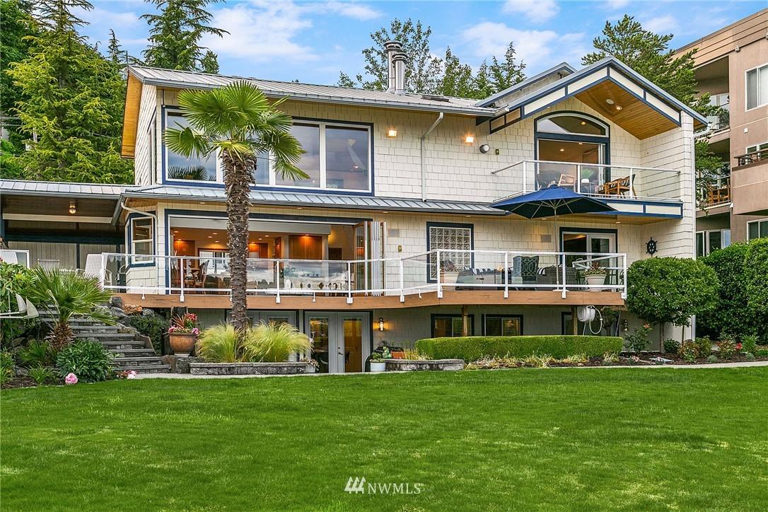 9025 Juanita Lane, Kirkland, Washington 98034, ,Residential Income,For Sale,Juanita,NWM1794364