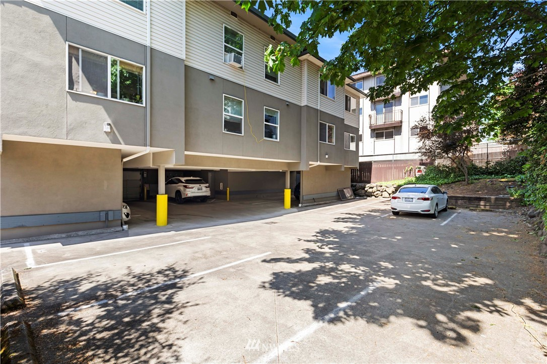 4236 7th Avenue, Seattle, Washington 98105, ,Residential Income,For Sale,7th,NWM1797572