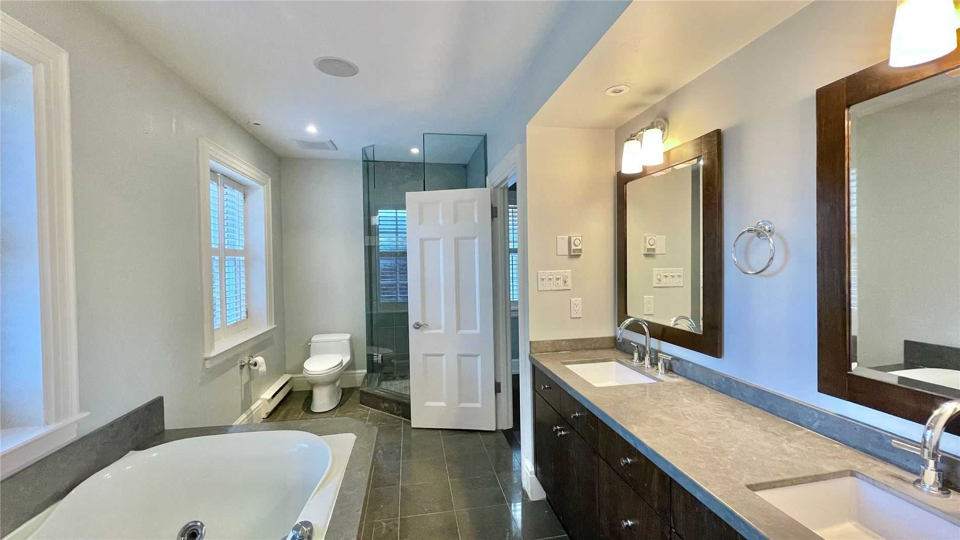 Detached house For Sale In Toronto - 8 Highland Cres, Toronto, Ontario, Canada M4W2S7 , 5 Bedrooms Bedrooms, ,5 BathroomsBathrooms,Detached,For Sale,Highland