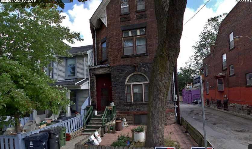 37 Huron St, Toronto, Ontario M5T2A4, 9 Bedrooms Bedrooms, 11 Rooms Rooms,4 BathroomsBathrooms,Other,For Sale,Huron,C5290860