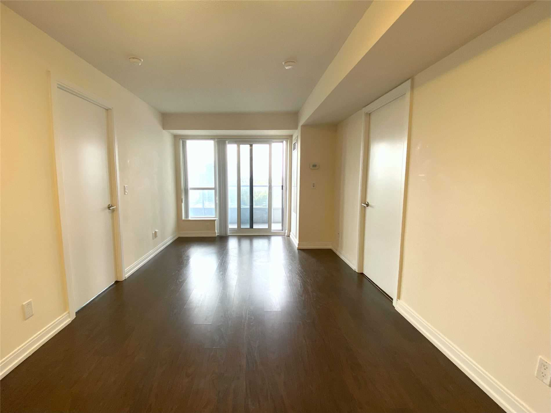 Condo Apt For Lease In Toronto , 2 Bedrooms Bedrooms, ,1 BathroomBathrooms,Condo Apt,For Lease,1518,Village Green