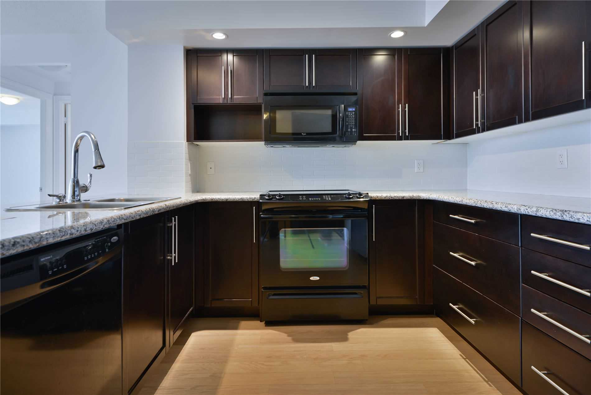 Condo Apt For Lease In Markham , 3 Bedrooms Bedrooms, ,2 BathroomsBathrooms,Condo Apt,For Lease,572,Cox