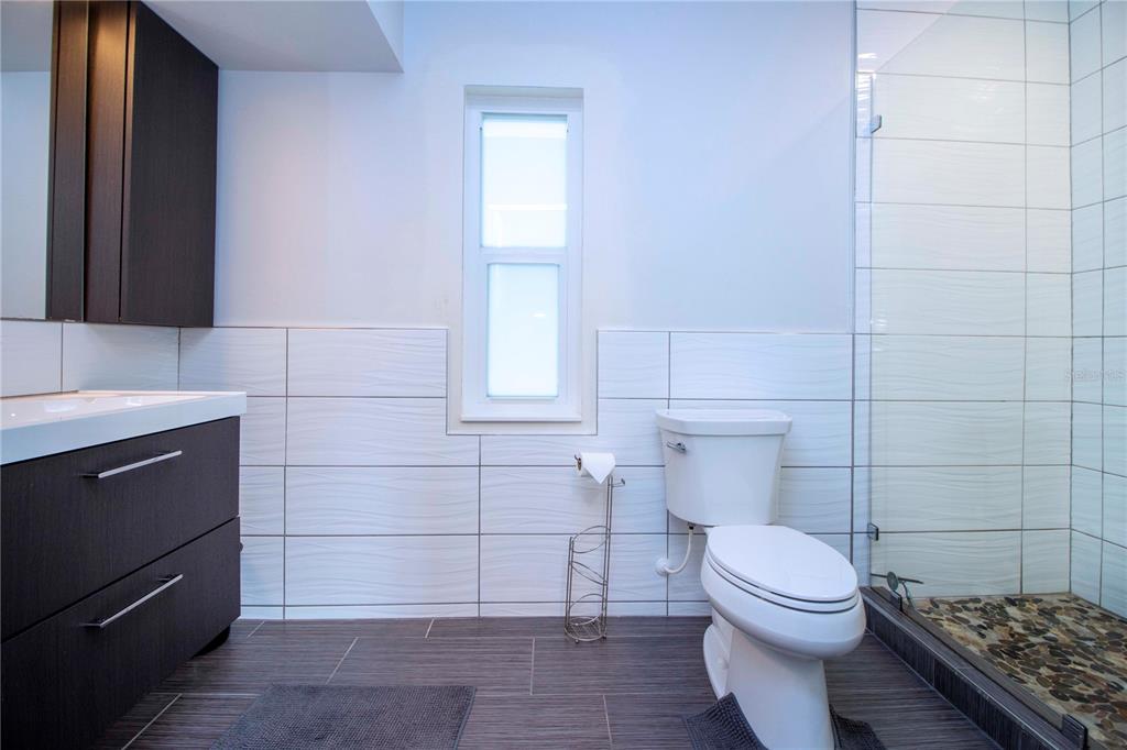 4920 PRIMROSE PATH, SARASOTA, Florida 34242, 4 Bedrooms Bedrooms, ,4 BathroomsBathrooms,Residential,For Sale,PRIMROSE,MFRA4505819