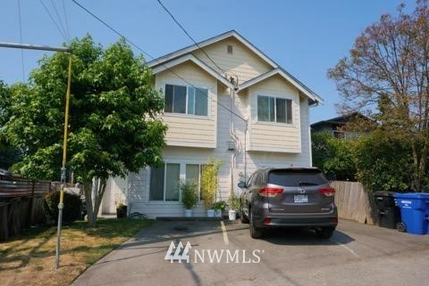 501 105th Street, Seattle, Washington 98133, ,Residential Income,For Sale,105th,NWM1804373
