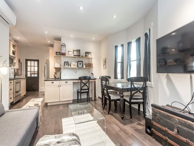 Detached house For Lease In Toronto - 410 Roxton Rd, Toronto, Ontario, Canada M6G3R2 , 1 Bedroom Bedrooms, ,1 BathroomBathrooms,Detached,For Lease,Main,Roxton