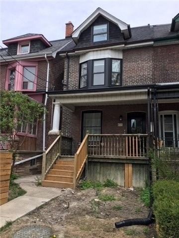 Semi-Detached For Lease In Toronto , 2 Bedrooms Bedrooms, ,1 BathroomBathrooms,Semi-Detached,For Lease,Lower,Concord