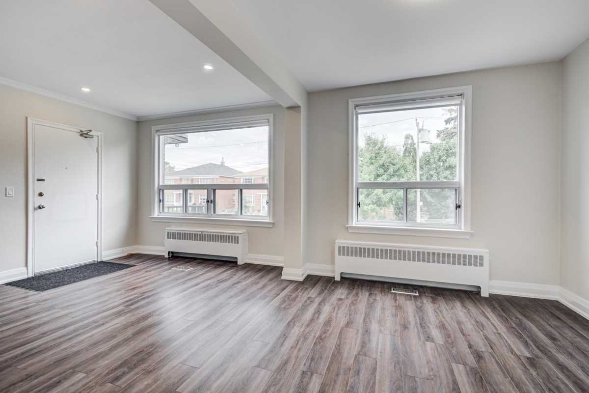 Detached house For Lease In Toronto - 11 Markdale Ave, Toronto, Ontario, Canada M6C1S8 , 2 Bedrooms Bedrooms, ,1 BathroomBathrooms,Detached,For Lease,1,Markdale