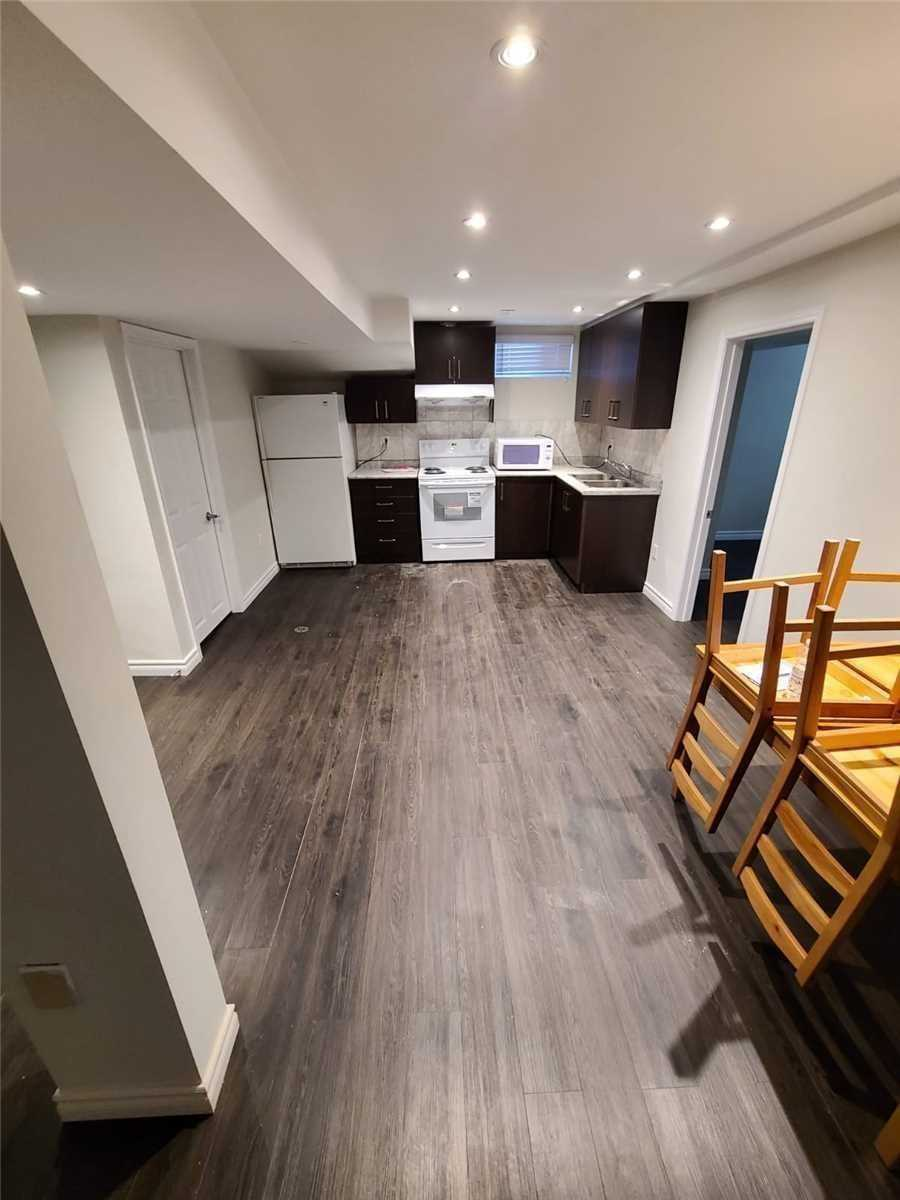 Detached house For Lease In Toronto - 19 Ingleton Blvd, Toronto, Ontario, Canada M1V3L9 , 2 Bedrooms Bedrooms, ,2 BathroomsBathrooms,Detached,For Lease,Bsmt,Ingleton