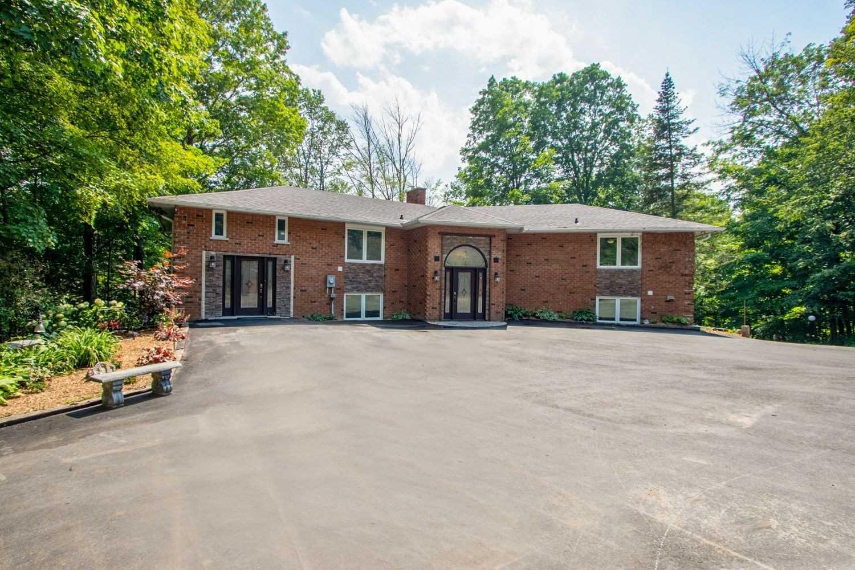 Detached house For Sale In Clarington - 2955 Taunton Rd, Clarington, Ontario, Canada L1C 3K5 , 5 Bedrooms Bedrooms, ,4 BathroomsBathrooms,Detached,For Sale,Taunton