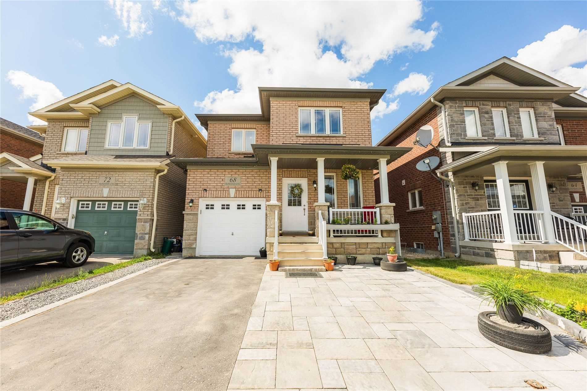 Detached house For Sale In Bradford West Gwillimbury - 68 Richardson Cres, Bradford West Gwillimbury, Ontario, Canada L3Z 0L6 , 3 Bedrooms Bedrooms, ,4 BathroomsBathrooms,Detached,For Sale,Richardson