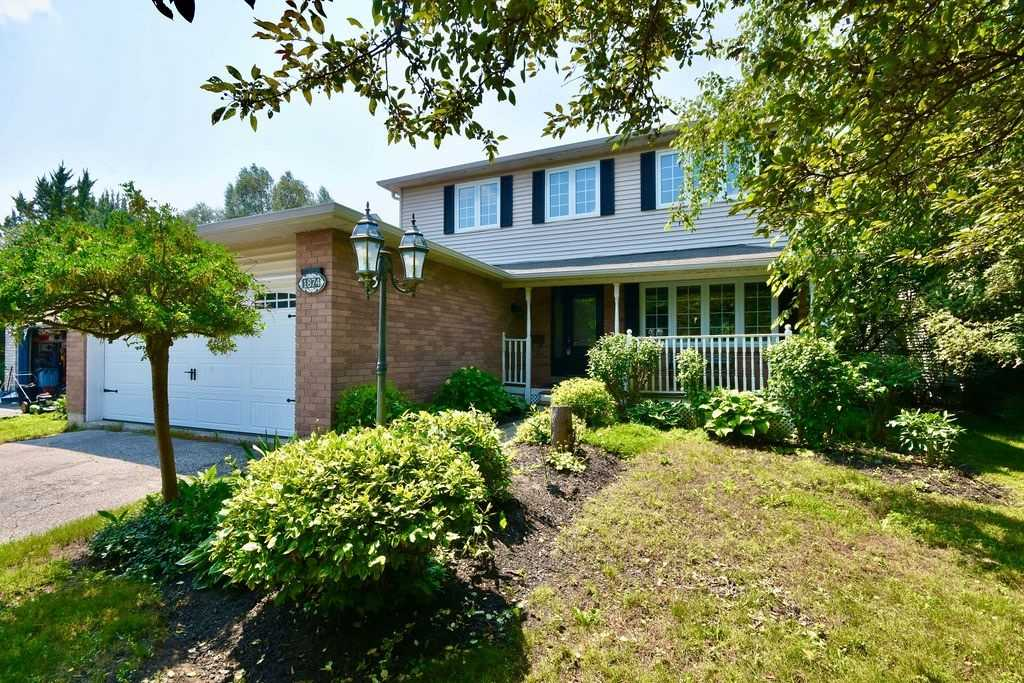 Detached house For Sale In Innisfil - 1874 Ashwood Ave, Innisfil, Ontario, Canada L9S 1W1 , 4 Bedrooms Bedrooms, ,6 BathroomsBathrooms,Detached,For Sale,Ashwood