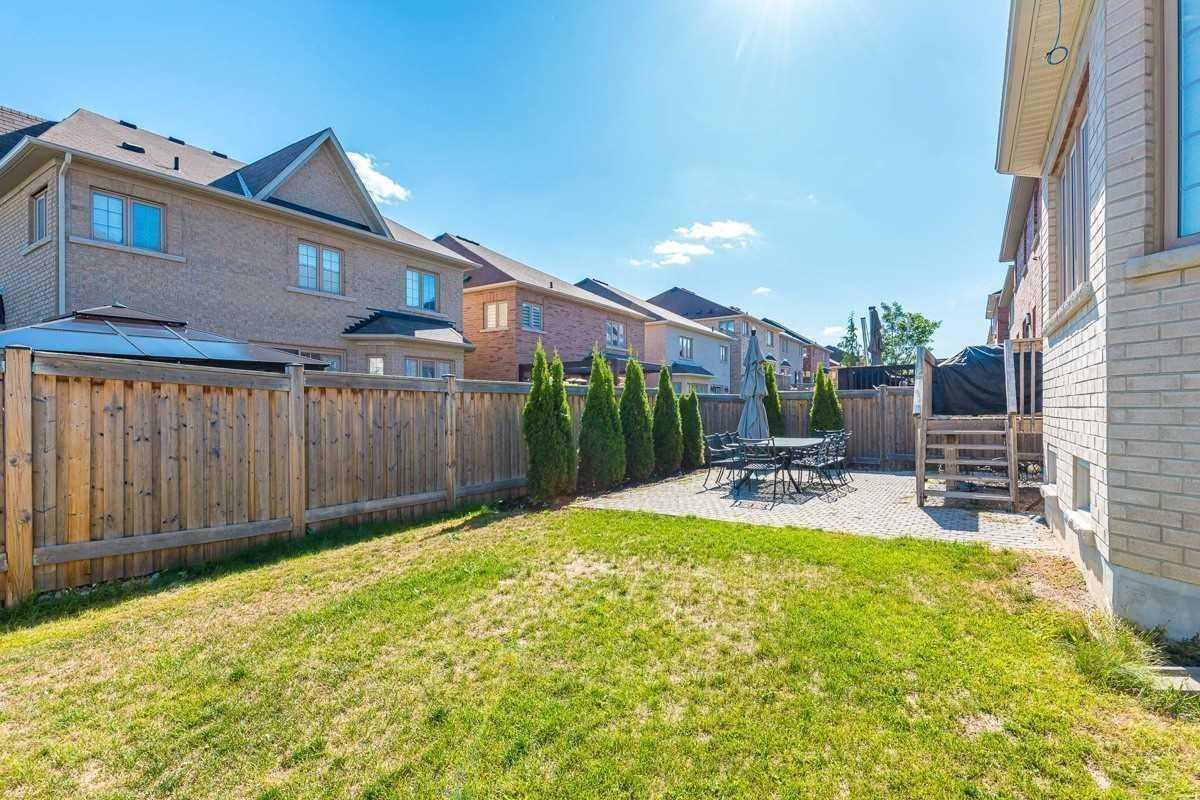 Detached house For Lease In Vaughan - 1 Timna Cres, Vaughan, Ontario, Canada L6A0W7 , 4 Bedrooms Bedrooms, ,5 BathroomsBathrooms,Detached,For Lease,Timna