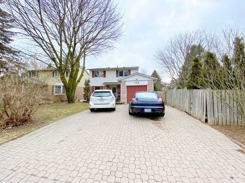 Detached house For Sale In Newmarket - 149 Armitage Dr, Newmarket, Ontario, Canada L3Y5L6 , 4 Bedrooms Bedrooms, ,3 BathroomsBathrooms,Detached,For Sale,Armitage