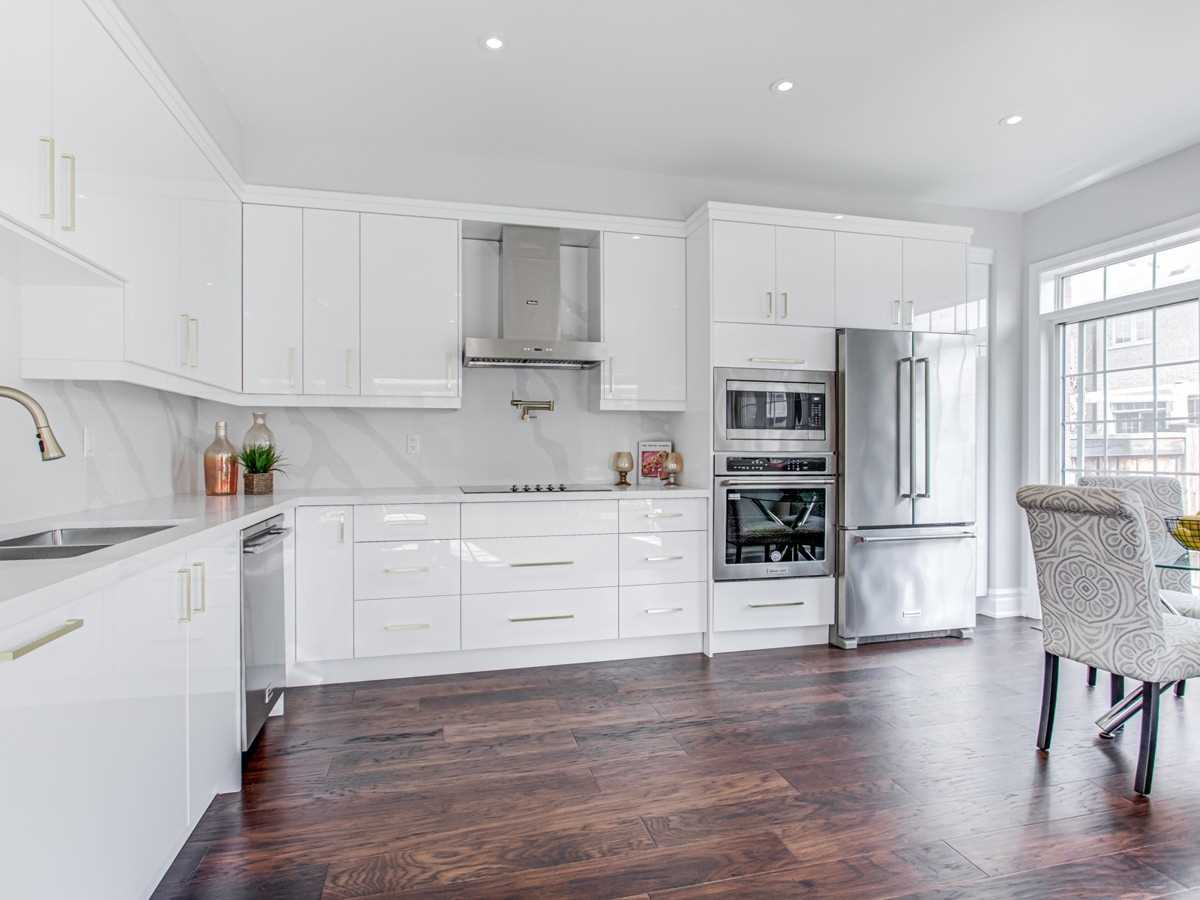 Att/row/twnhouse For Sale In Vaughan , 4 Bedrooms Bedrooms, ,3 BathroomsBathrooms,Att/row/twnhouse,For Sale,Lindbergh